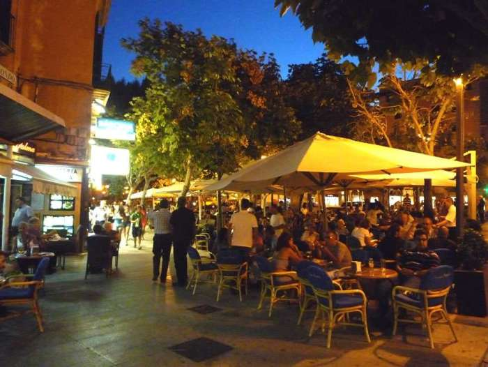 cafe_night_shopping