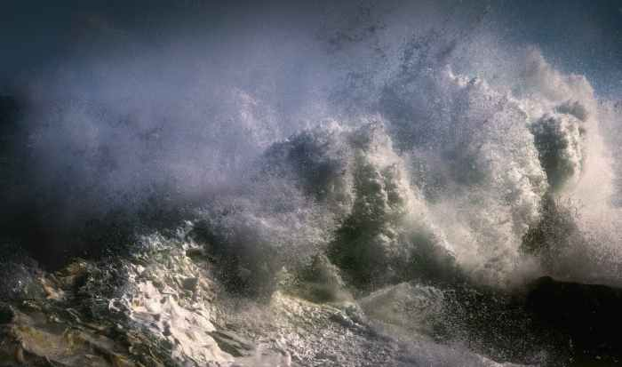 crashing waves Photo by Ray Bilcliff