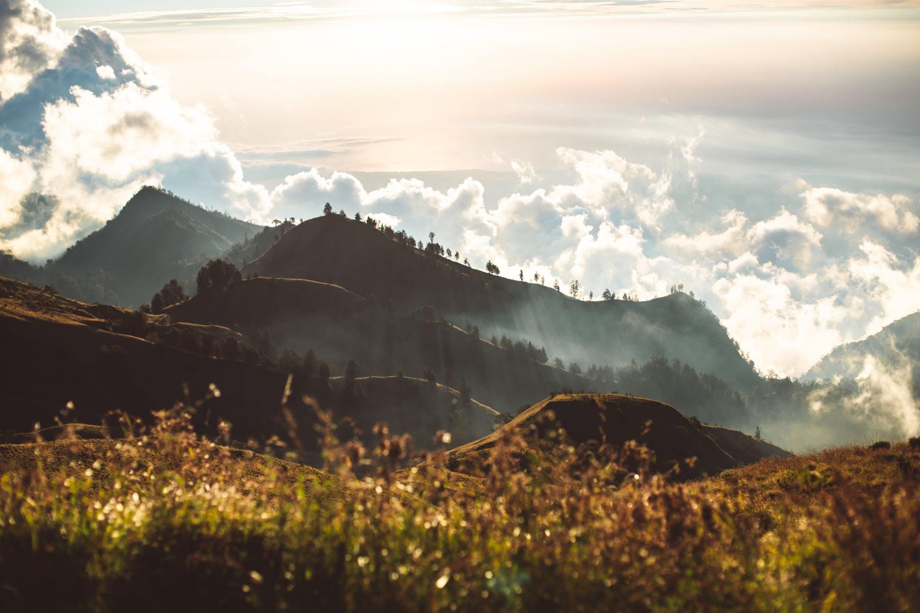 paisaje-naturaleza-cielo-puesta-de-sol - Photo by ROMAN ODINTSOV
